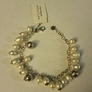 Silpada nwt sterling and dangling pearl bracel